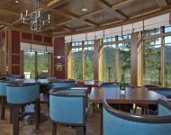 Martis Camp Lodge Dining JELD-WEN Windows & Doors